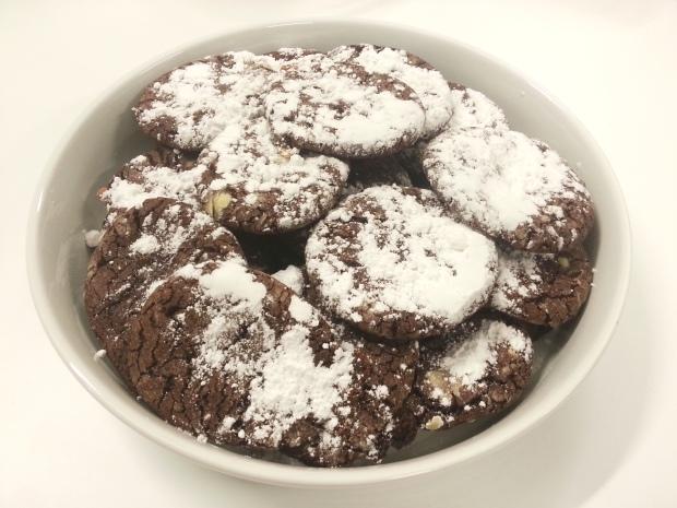 Salted Caramel Choclate Crinkle Cookies